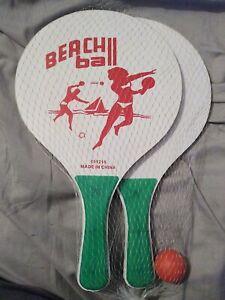 Beach Paddle Ball Set - NEW