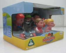 LOT of 5 Early learning centre Happyland Sporty Athletes Figurines Set of 6