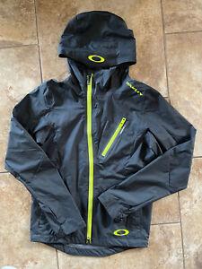 OAKLEY HYDROFUSE ZIP RAIN JACKET COAT MENS X SMALL BLACK LIME GREEN