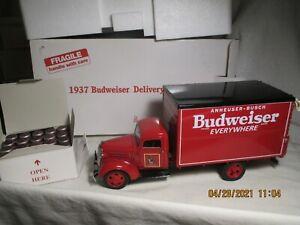 DANBURY MINT 1937 BUDWEISER DELIVERY TRUCK W/40-BARRELS  MINT IN BOX 1/16  SCALE