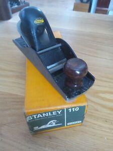 Vintage Stanley No.110 Block Plane In Very Good Condition in Original Box