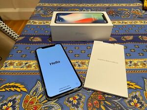 Apple iPhone X 256gb Silver/White (Unlocked) - Excellent Condition