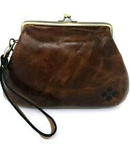 NWT Patricia Nash Savena Leather Kiss Lock Clutch Wristlet Bag P24106 MSRP $69