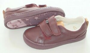 Clarks Burgundy Leather unisex Kids shoes/ lo trainers sizes 5.5/22 - 1.5/33.5