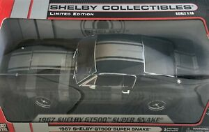 SHELBY COLLECTIBLES 1967 FORD MUSTANG SHELBY GT500 SUPER SNAKE 1/18