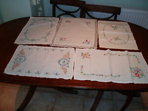 5 VINTAGE LINEN HAND EMBROIDERED TRAY / TABLE CLOTHS