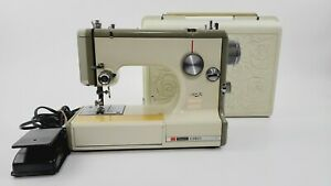 Sears Kenmore Portable Sewing Machine 1040 Rose Case 158-10400 Mint Condition!!!