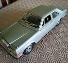 Burago 1/22 Scale Model Car 30001 - Rolls Royce Camargue - Grey