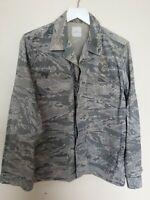 "Vintage AIR FORSE Combat Uniform Digital Camo Lightweight Jacket Size M / 40"""