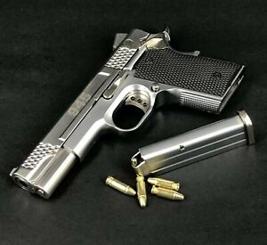 Mini Model Gun S&W 945 (Shell Eject) - For Display Only