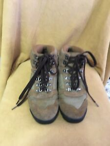 Cabela's Hiking Men's Trail Boots Brown Green Suede US Size 8
