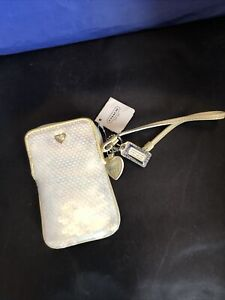 Coach Poppy Glam Silver Sequins Heart Wristlet NWT Accessory Case
