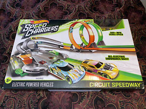New in Box 2016 Hot Wheels Speed Chargers Circuit Speedway Sealed Christmas Gift