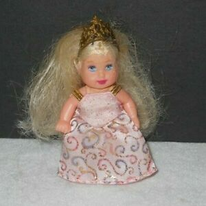 Vintage Doll Barbie KRISSY 2003 Princess Palace Baby B4769