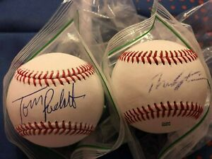 THEO EPSTEIN & TOM RICKETTS CUBS AUTO AUTOGRAPHED SIGNED BASEBALLS! PROOF!