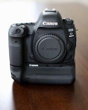 Canon EOS 5D Mark IV 30.4MP Digital SLR Camera - Black (Body Only) LIKE NEW!