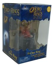 Lord of the Rings The One Ring Anello Collana con Base Luminosa