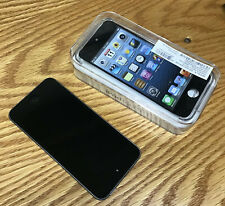 Apple iPod Touch 5th Generation Gray (32 GB) - Excellent condition - Grey