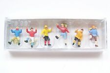 HO Preiser 10190-1 MOUNTAIN CLIMBERS ( Color #1) : 1:87 scale Climber Figures