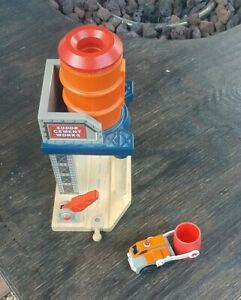 Thomas & Friends Wooden Railway -- Sodor Cement Works Mixer W/ Cement Lorry
