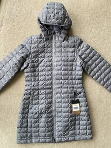 The North Face Women's Eco Thermoball Parka 2  Jacket Size M Grey