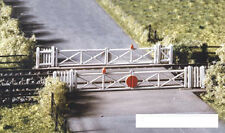 More details for ratio 234 - n gauge - single or double track level crossing plastic kit - 1stpos