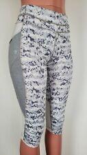 Athleta Dapple Be Free Knicker Capri Yoga Pants Cropped Leggings Gray White Sz M