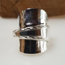 Stunning sterling silver spoon ring with bright cut detail