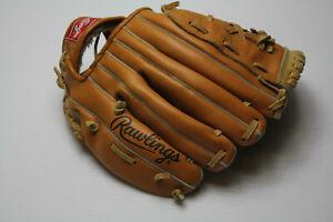 Rawlings RBG135 Child's Baseball Glove Signature model RICKEY HENDERSON Used