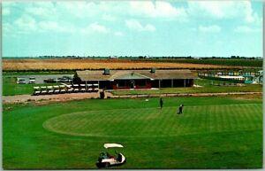 Clovis, New Mexico Postcard COLONIAL PARK Golf Course / Clubhouse View c1960s