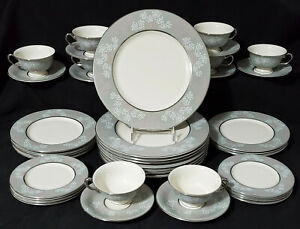 CASTLETON CHINA - LACE Dinnerware Set Service for 8 plate bowl cup saucer MINTY!