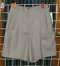 SIZE 8 HALEY TAN & BROWN PLEATED FRONT WALKING SHORTS