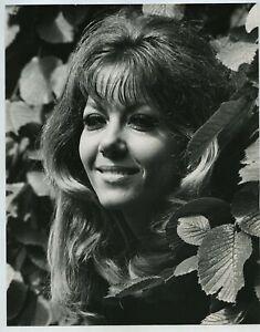 Ingrid Pitt c1970 Press Photo By Tony Rios #3