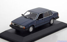 1:43 Minichamps Volvo 740  1986 bluemetallic Maxichamps-Series