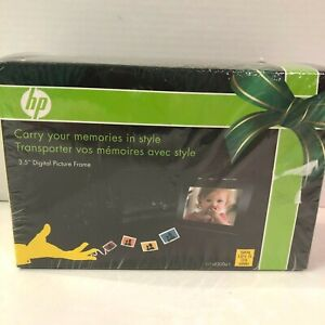 """HP 3.5"""" Digital Picture Frame w/ Case Portable Model df300a1 Brand New Sealed"""