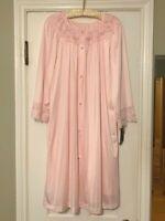 NWT Vintage 1960s Gilead Pretty Pink Peignoir Set. Size Medium