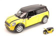 Mini Cooper Clubman 2007 Yellow 1:24 Model RASTAR