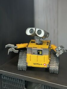 Interactive Electronic Wall-E Talking Disney Think Way Toy Works.