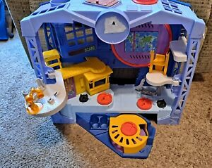Fisher Price Imaginext Monsters Inc Scare Floor Playset