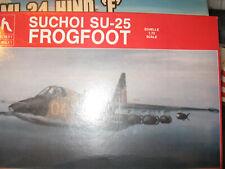 Hobbycraft 1/72-1980's Soviet Suchoi Su-25-Free Shipping