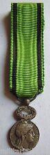 Médaille MINIATURE REPUBLIQUE FRANCAISE ORIGINAL Bronze argenté FRANCE 11 mm