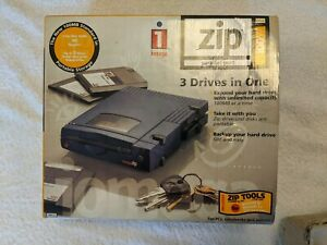 Iomega Zip 100MB External Drive With AC Adapter Cable Disc in Carrying Case