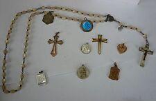 Lot Bijoux, croix médailles chapelet catholique -