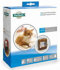 Staywell Deluxe Magnetic Cat Flap Woodgrain