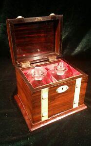 ATTRACTIVE VICTORIAN GENTS 2 BOTTLE LIQUEUR CASKET WITH DECORATIVE BANDING c1880