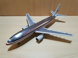 JC Wings 1:200 American Airlines Airbus A300-600R Reg: N14056 XX2344 no box
