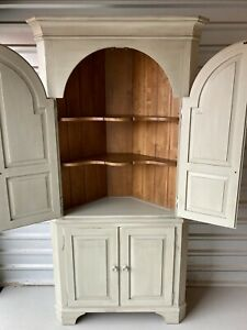 ETHAN ALLEN New Country Corner China Cabinet Bookcase Hutch, 33-6438 in Seafoam!