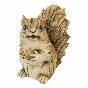 Squirrel sitting up figurine wood effect 14.5cm suitable for indoor or outdoor
