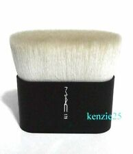 MAC COSMETICS MAKEUP BODY BUFFER BRUSH #179 KABUKI PRO SKIN SHEEN NEW