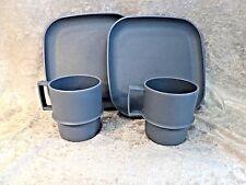 Vtg BLUE TUPPERWARE Set~Snack/Luncheon/Picnic~2 mugs,2 plates,no lids~Stackable
